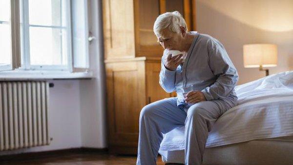 Sử dụng yến sào, người lớn tuổi tránh được các nguy cơ bệnh phổi rất cao