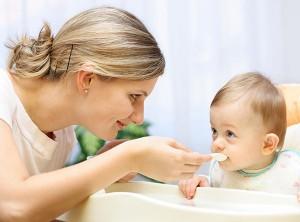 Có nên dùng nước yến sào vào mùa đông cho bé không